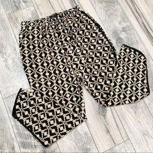 Forever21 Tan & Black Harem Pants. Size Small.
